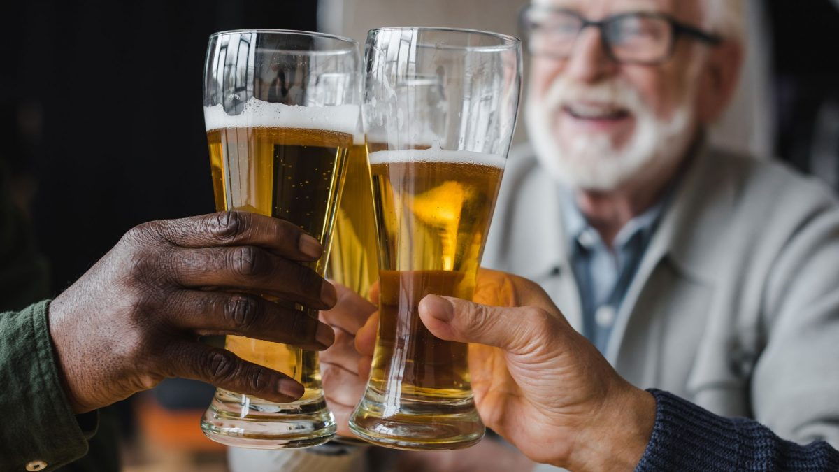 Como é feito o tratamento para alcoolismo na terceira idade?