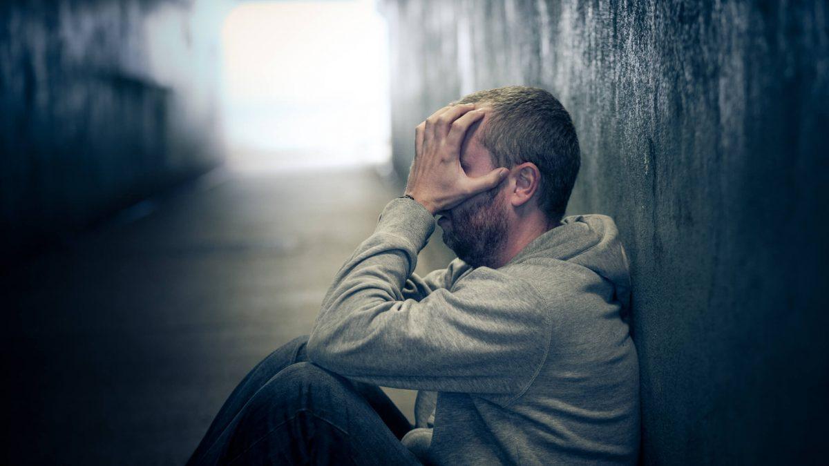 Sintomas do crack: entenda como a droga afeta o organismo